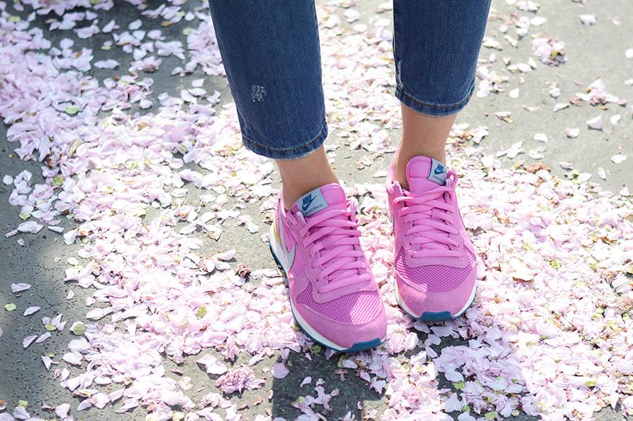 Nike Internationalist in Pink  (1)