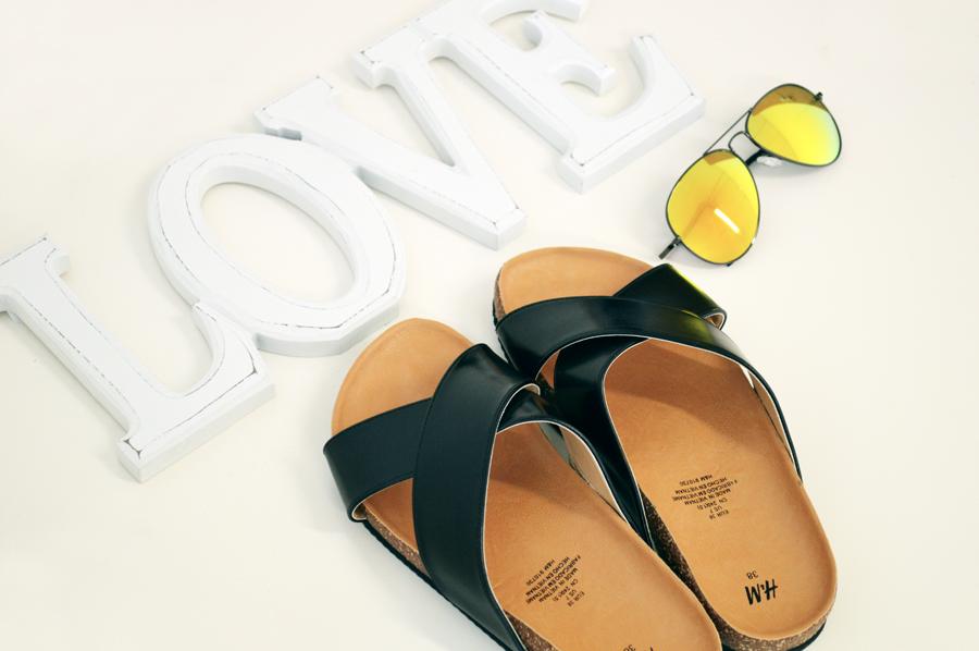H&M SLIP ON SANDALS
