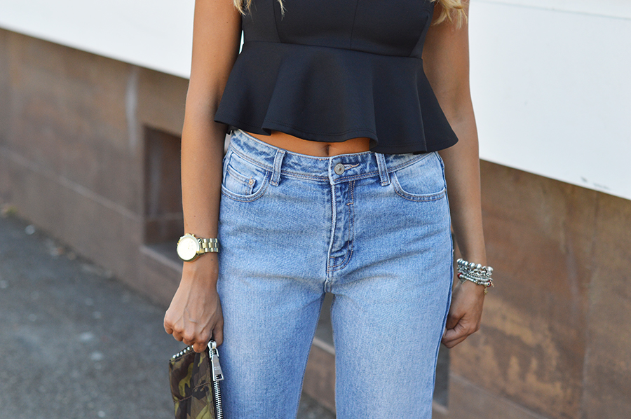How to wear High Waisted Denim