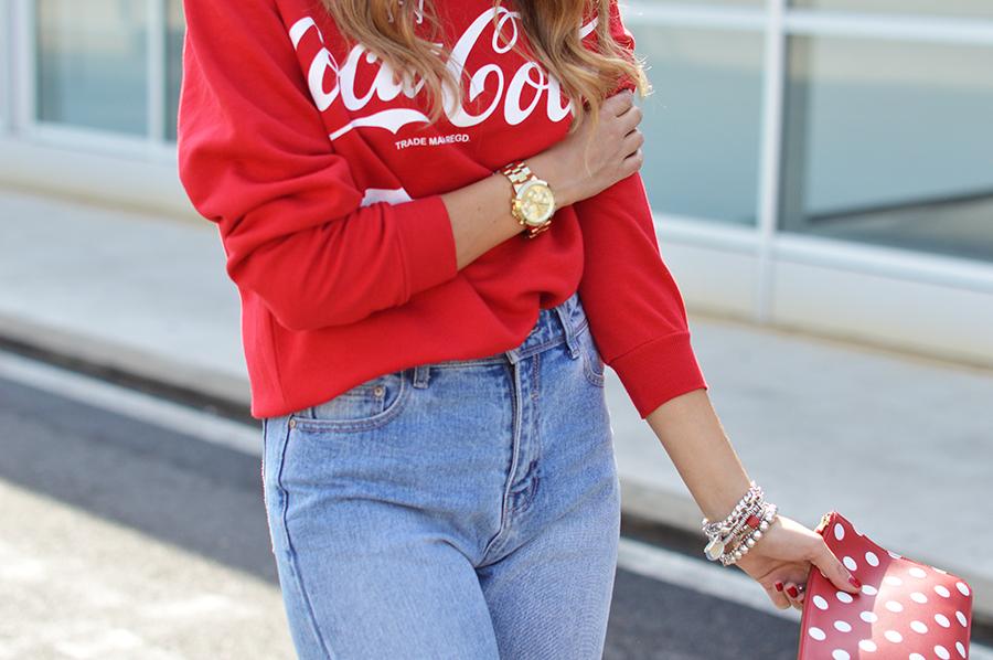 coca-cola-sweatshirt