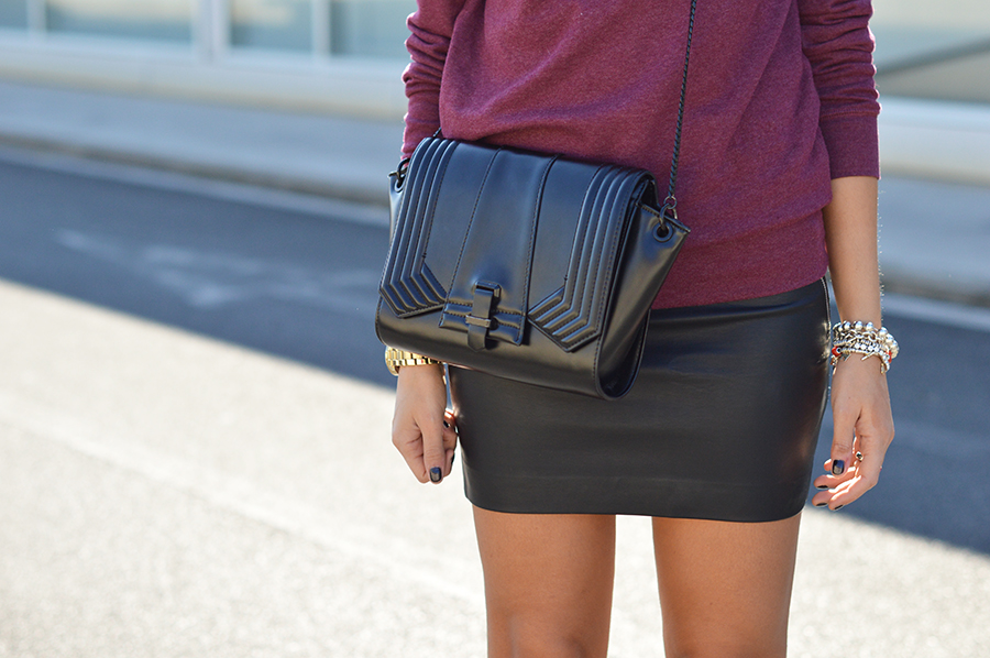 mini-leather-skirt