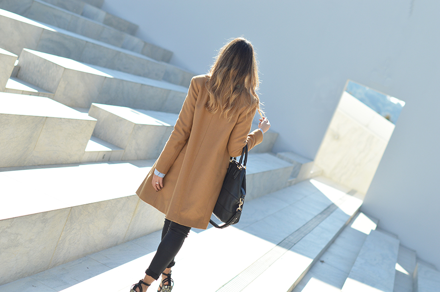 zara-camel-coat-fashion-blogger