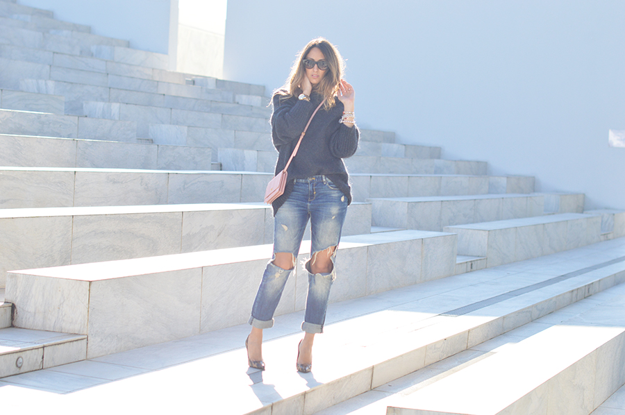 destroyed-denim-fashion-blogger