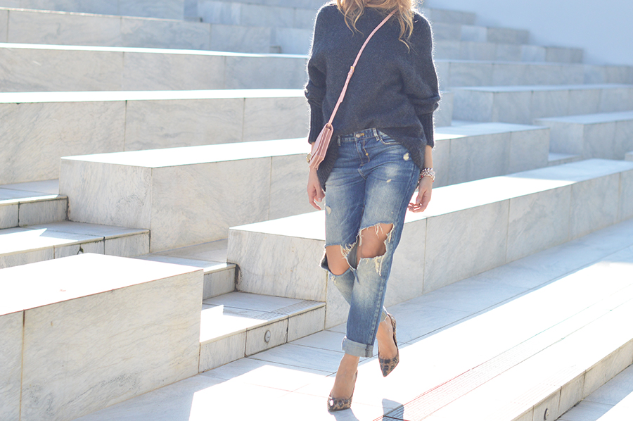 maxi-knit-ripped-denim