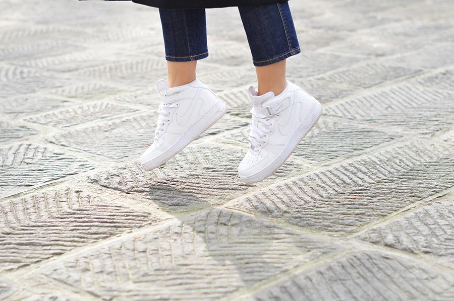 nike-air-force-one-sneakers