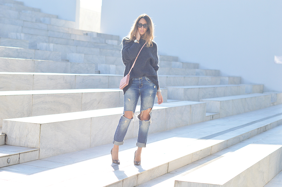 zara-ripped-denim-fashion-blogger