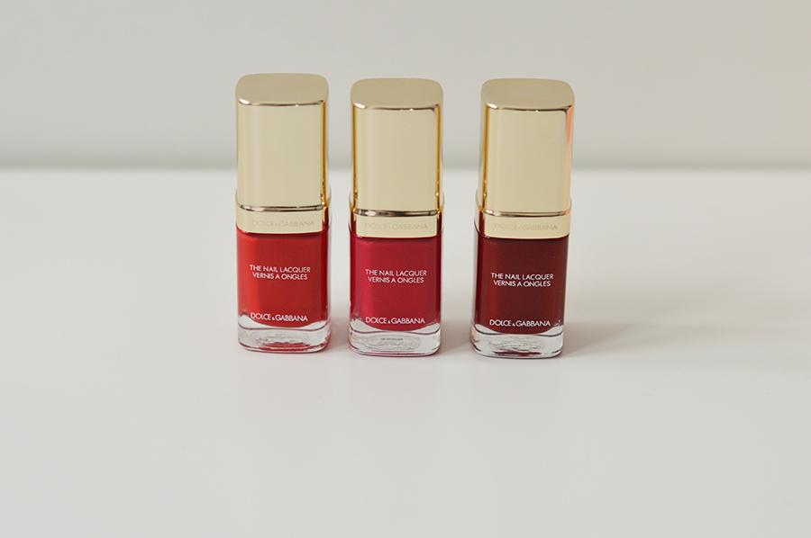 dolce-gabbana-red-nails