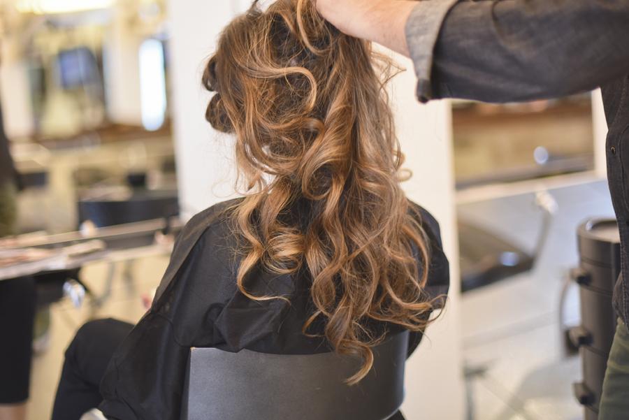 capelli-mossi-prodotti-redken