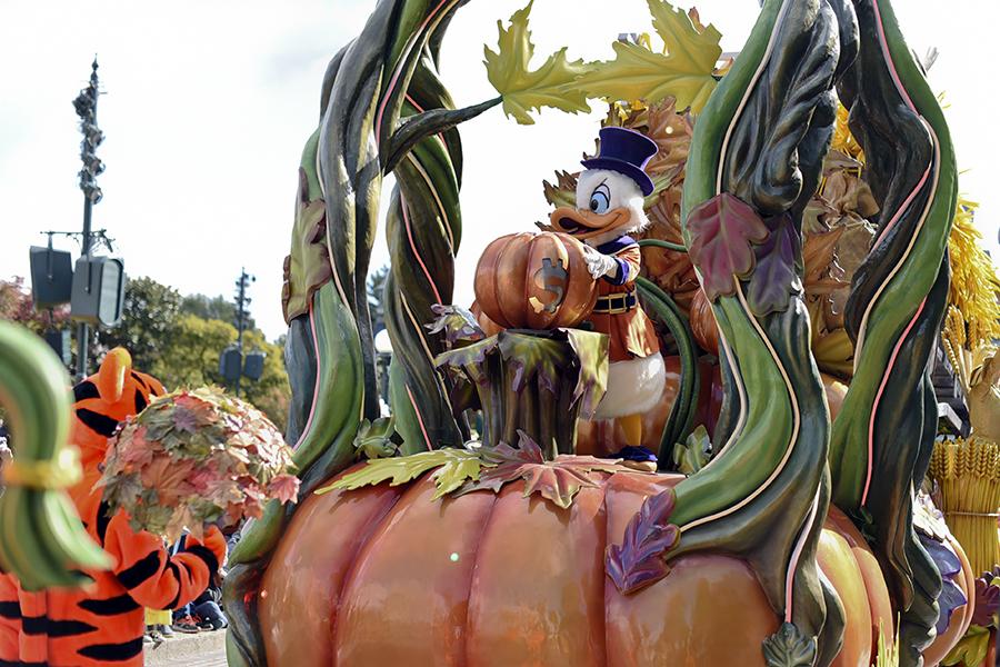 halloween-show-disneyland