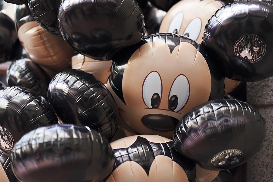 mickey-mouse-disneyland-paris